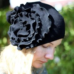 DIY  Hat with a Big Flower