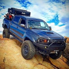 Super clean Tacoma from interweb/tag owner. Overland Tacoma, Tacoma 4x4, Overland Gear, Tacoma Truck, Overland Truck, Jeep Truck, Lifted Tacoma, Toyota Hilux, Toyota Tundra