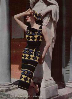 Paris-Spring-fashion--1951---Schiaparelli