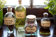 Concoctez des assaisonnements décoratifs et fonctionnels avec des herbes séchées et des huiles.