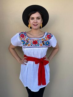 Mexican embroidered top, traditional blouse, senorita shirt, handmade, fiesta outfit, beach wedding, resort wear, cinco de mayo, festival Mexican Skirts, Mexican Blouse, Mexican Outfit, Mexican Shirts For Men, Traditional Mexican Shirts, Fiesta Outfit, Outfit Beach, Mexican Fashion, Cool Outfits