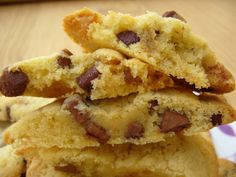 Cookies Moelleux Americain Ideas For 2019 Winter Desserts, Köstliche Desserts, Cupcake Cookies, Chip Cookies, Keks Dessert, Desserts With Biscuits, Cant Stop Eating, Cake Factory, American Cookie