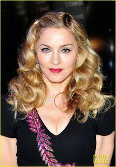 Love Madonna's hair here!
