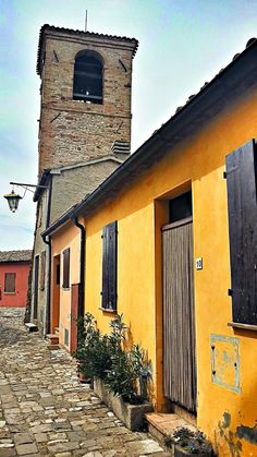 Twitter / traveldudes: The towns of #EmiliaRomagna got what you are looking for on your Italy trip! This here is #Verucchio