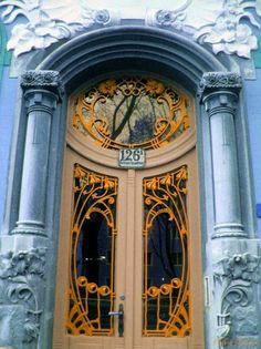 Art Nouveau, door