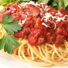 Meat-Lover's Slow Cooker Spaghetti Sauce http://allrecipes.com/recipe/meat-lovers-slow-cooker-spaghetti-sauce/