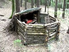 How to Make a Super Survival Shelter - 17 Basic Wilderness Survival Skills Everyone Should Know #wildernesssurvivalshelter #survivalskills