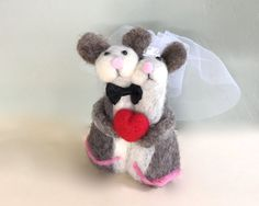 Needle felted mouse wedding cake topper mouse cake by Felt4Soul