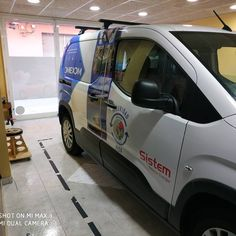 Flota omexom 3 y sumando... Forrado integral Wrapping, Wraps, Van, Vehicles, Vinyls, Fotografia, Car, Vans, Rolls