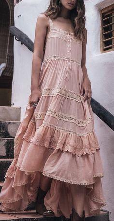 New Dress Casual Boho Bohemian Style Shoes Ideas Pink Fashion, Trendy Fashion, Boho Fashion, Fashion Outfits, Dress Fashion, Fashion Ideas, Romantic Style Fashion, Fashion Clothes, Romantic Clothing