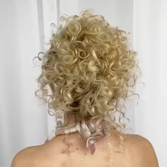 Curly Updos For Medium Hair, Curly Hair Updo Wedding, Long Curly Hair, Medium Hair Styles, Curly Hair Styles, Natural Hair Styles, Curly Hair Easy Updo, Color For Curly Hair, Curly Hair Updo Tutorial