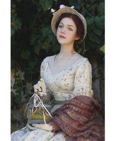 Historical Costume, Historical Clothing, Historical Dress, Victorian Fashion, Vintage Fashion, Vintage Dresses, Vintage Outfits, Vintage Hats, Double Exposition