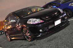 《No.015》  ・ニックネーム  てぃーのすけ   ・メーカー名、車種、年式  NISSAN ティーダC11 H16年式     ・アピールポイント  このティーダという車が大好きです!!  相棒といろんな場所へドライブするのが大好きです!!  この車を通じて知り合えた仲間と楽しいカーライフを過ごしています!  夢はいつかこのティーダを所さんのガレージ、世田谷ベースの中へ!!  コブラと並べてツーショットを撮りたいです!!