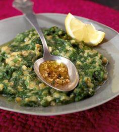 Veganer Spinat Linsen Eintopf, der auch mit Brennesseln zubereitet werden kann