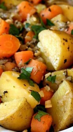 Instant Pot Potato Carrot Medley has flavor to spare & all in under 30 mins. So easy you can have your favorite vegetables anytime you want. Sweet Potato Carrot Recipe, Potato Stew Recipe, Potato Recipes, Easy Recipes, Instant Cooker, Instant Pot Pressure Cooker, Cooking Sweet Potatoes, How To Cook Potatoes, Recipes