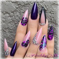 Purple Nails, Bling Nails, Swag Nails, Pastel Nails, Fabulous Nails, Gorgeous Nails, Pointy Nails, Swarovski Nails, Pretty Nail Art
