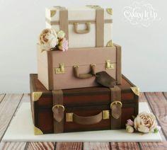 Vintage style suitcase cake