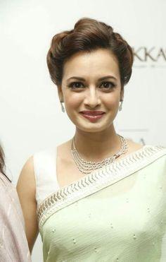 So Beautiful Dia Mirza <3