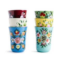 Add a pop of color to your dinner table or kitchen with these fabulous hand-painted tumblers! Pair them with our matching Floral Jugs, Bowls, and Plates for the