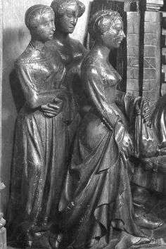 Notice the birgitta-cap-style head covering, just with buns. Detail of the altarpiece of Hakendover, c. 15th Century Fashion, 14th Century, Belgium, Medieval, Sculpture, Contemporary, Detail, Statues, Image
