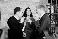 Walter Hollerer, Susan Sontag and Hans Magnus Enzensberger, 1966 © The LIFE Images Collection/Getty Images Susan Sontag, Norman Mailer, Biographer, Famous Books, Beautiful Mind, The New Yorker, Marketing, Life Images, The Life
