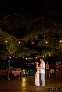 Placencia Beach Wedding | Belize Wedding | Chabil Mar Resort | Jose Luis Zapata Photography