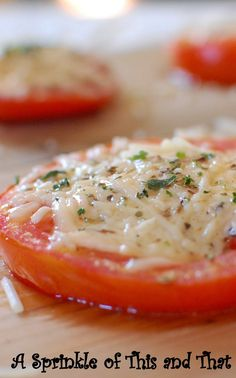 A Sprinkle of This and That: Baked Parmesan Tomatoes Healthy Eating Recipes, Low Calorie Recipes, Healthy Cooking, Paleo Recipes, Healthy Snacks, Cooking Recipes, Easy Recipes, Vegetable Side Dishes, Vegetable Recipes