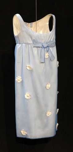 Dress, Jean Varon: 1964, English, silk mousseline with daisy flower trimmings.