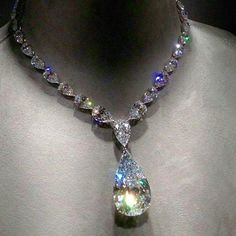 Wish you life to be as beautiful as that Graff Diamonds @graffdiamonds necklace.👼 100 carats D flawless pear shaped center diamond, total is over 200 carats.