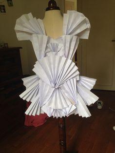 //Paper dress//