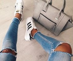 shoes black and white shoes adidas superstar jeans New Fashion Trends, Dope Fashion, Trendy Fashion, Fashion Shoes, Adidas Fashion, Street Fashion, Jeans Fashion, Fashion Handbags, 90s Fashion