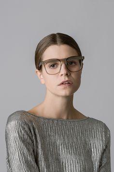 Veronika Wildgruber eyewear | Arthur_brownglass