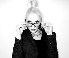 Gwen Stefani... loooove her!!