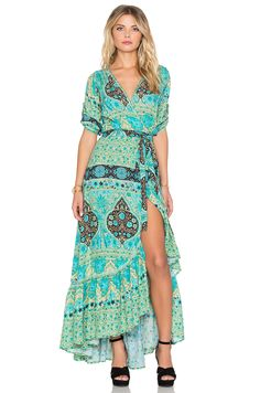 Spell & The Gypsy Collective Aloha Fox Wrap Dress en Sirena | REVOLVE