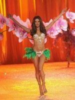 victoria-secret-2012-fashion-show (4)