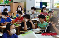 久留米市立高牟礼中学校の韓国への修学旅行が中止となり、何よりでしたが、中止を告げる小深田 喜代枝校長の言葉に、呆れ果てました。 「トンペク...