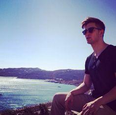 Mais uma foto de making of da nossa campanha Verão 2015 que foi fotografada em Mykonos, na Grécia!   Continuem nos acompanhando... Serão muitas novidades!   #loopy #loopyoficial #loopyverao2015 #verao2015loopy #loopyteam #loopyemmykonos #loopynagrecia