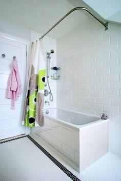 13 - Third Floor Bath