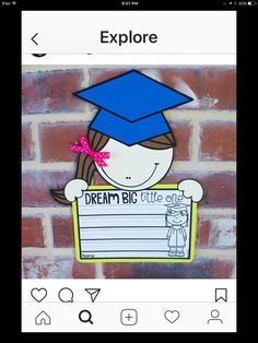 Dream Big Little One {Graduation Craftivity and Printables in English & Spanish} Elementary School Counseling, Kindergarten Graduation, Primary School, Elementary Schools, End Of School Year, End Of Year, 100 Days Of School, Graduation Crafts, Graduation Ideas