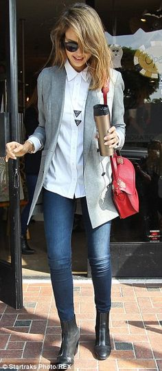 Men's section: For the outing the fashionista donned a long tailored grey suit jacket over a crisp sharp collared white shirt #streetstyle #office #jessicaalba