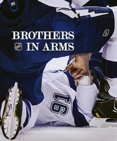 Brothers in arms: Sami Salo and Steven Stamkos of the Tampa Bay Lightning Hot Hockey Players, Nhl Players, Hockey Teams, Hockey Stuff, Caps Hockey, Usa Hockey, Hockey Baby, Field Hockey, Hockey Girls