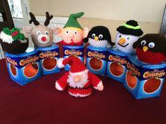 Knitted Christmas Decorations, Christmas Stocking Pattern, Knitted Christmas Stockings, Christmas Applique, Crochet Christmas Ornaments, Christmas Knitting Patterns, Pinecone Ornaments, Frugal Christmas, Homemade Christmas Gifts