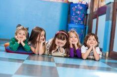 Kindergarten Geschwister gemeinsam in einer Gruppe