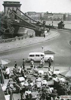 Old Pictures, Old Photos, Vintage Photos, Budapest, Capital Of Hungary, Those Were The Days, History Photos, Historical Pictures, Bridge