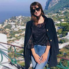 "824 Me gusta, 25 comentarios - Anastasia Steele (@imanasteele) en Instagram: ""Day 2. in beautiful Italy. @ItsKateKavanagh takes the best photos. """