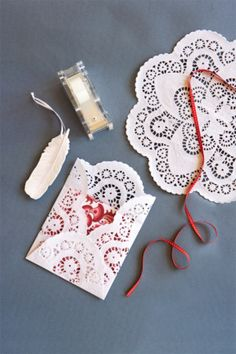 Christmas craft decorating - LACEY ENVELOPES FOR VOUCHERS ETC AS PRESENTS