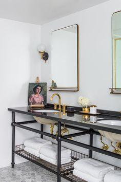 Hotels — Laure Joliet Bathroom Interior Design, Interior Decorating, Industrial Bathroom Design, Bathroom Designs, Bathroom Ideas, Beautiful Bathrooms, Romantic Bathrooms, Glamorous Bathroom, Bathroom Inspiration