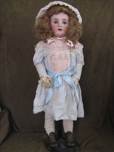 HANDWERCK Germany Simon Halbig 6 ½ This lovely Doll has a bisque socket head on a fully jointed composition and wood body. Large original blue sleep