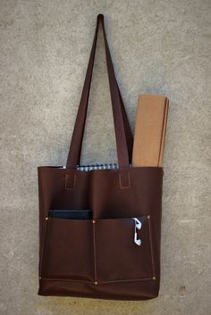 geanta All in - genuineleather. Leather Bags, Madewell, Tote Bag, Leather Tote Handbags, Leather Formal Bags, Totes, Leather Purses, Leather Bag