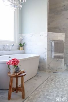 Free standing tub, walk-in shower/PaperDaisyDesign.com
